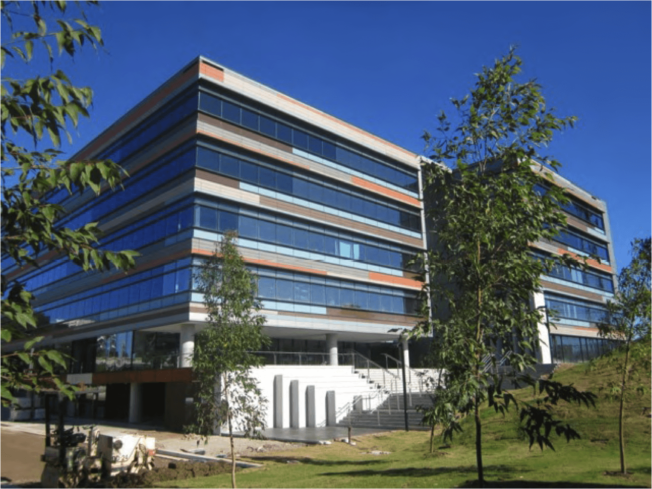 Transaction advice for new office acquisition - Case Study